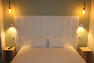 caen bezienswaardigheden hotels vliegtickets calvados normandi frankrijk. Black Bedroom Furniture Sets. Home Design Ideas